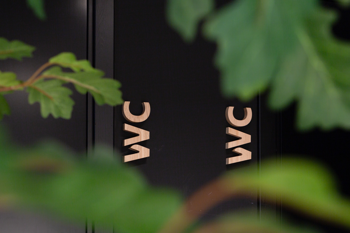 Bank kontor toalett interiørarkitekt oslo detaljer WC.jpg