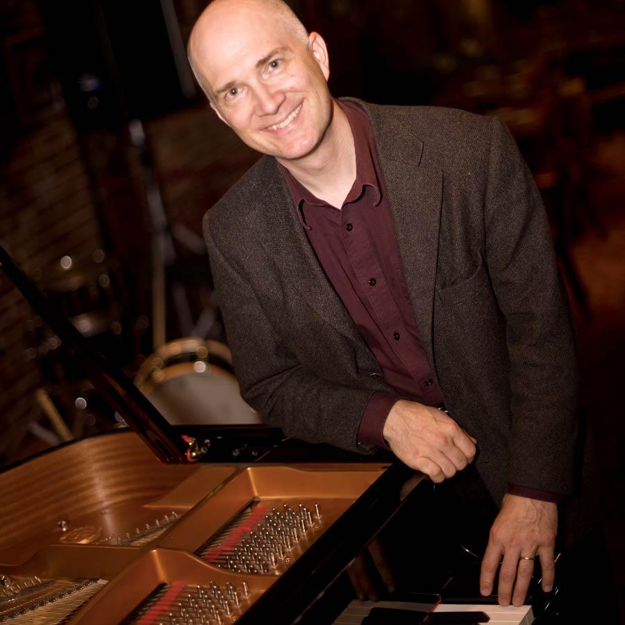 miles-black-piano-jazz-musician-vancouver.jpg