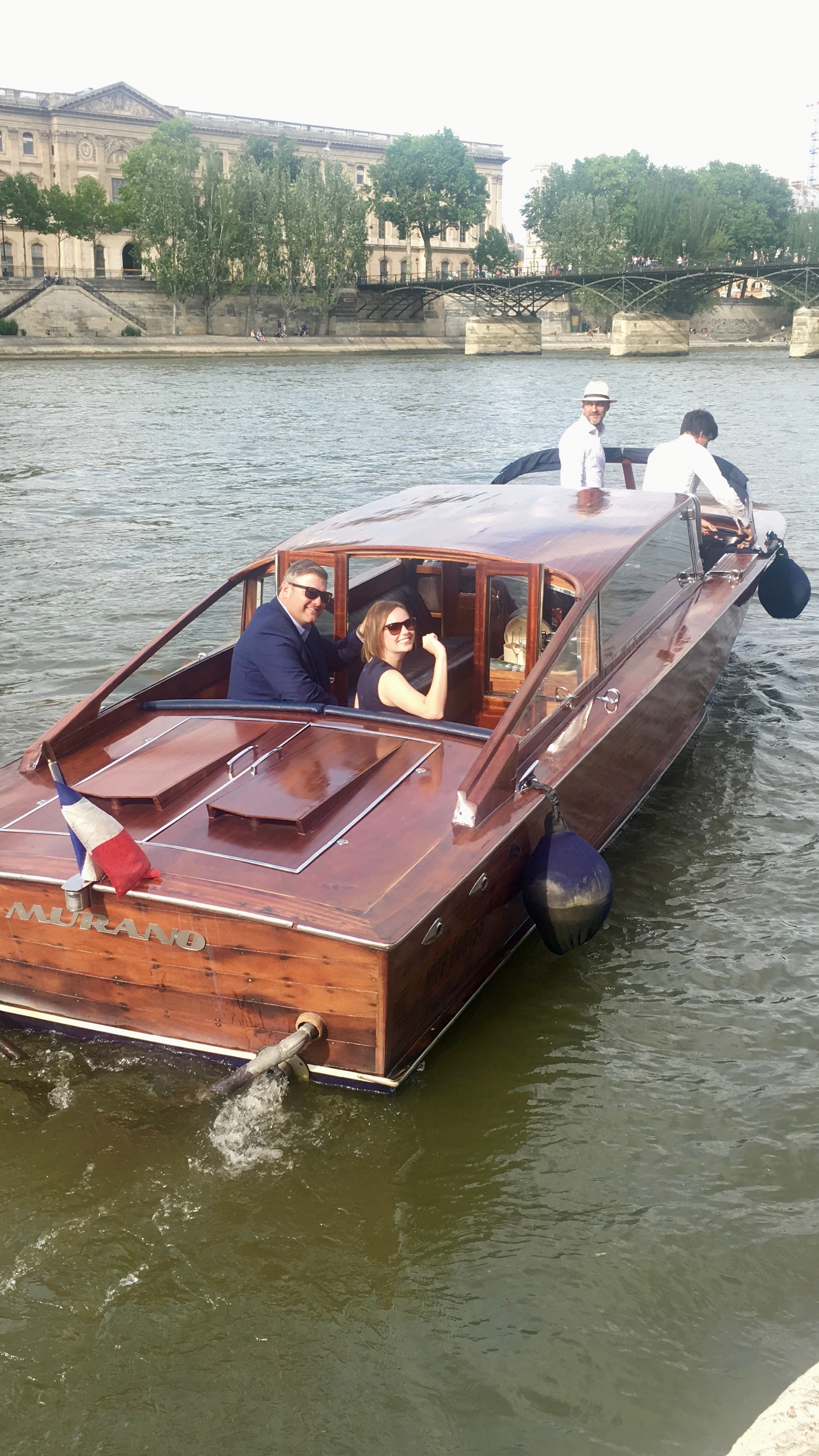 Welcome on board of a beautiful Venetian boat - The Paris you'll experience will be like no other! Take a sit on the confortable banquette and let you drive though Paris main monuments with a glass of champagne and our gourmet basket, magic!Rate for an hour and a half: 900 euros