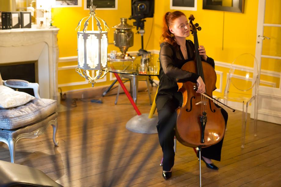 RueAmandine-Longchamp-ParisMoscou_music.jpg