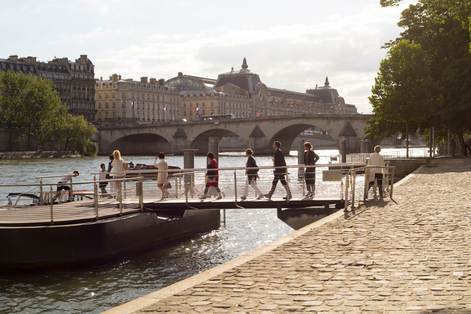 RueAmandineEvent-Longchamp-boatcruise7.jpg