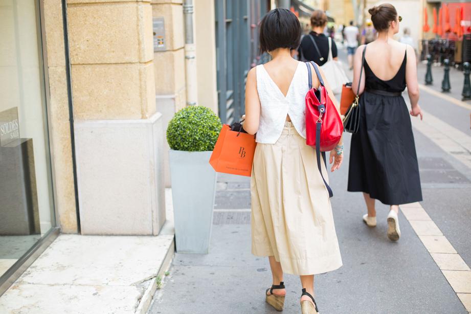 Longchampaixmarseille-street.jpg