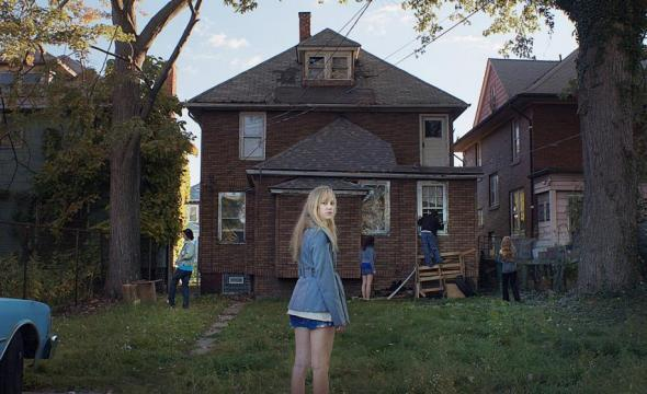 Still of vacant home from  It Follows  copyright 2014 - RADiUS-TWC