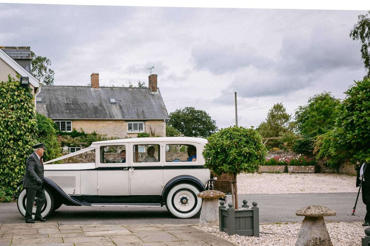 R&C  Winkworth Farm Wedding Photography-167.jpg