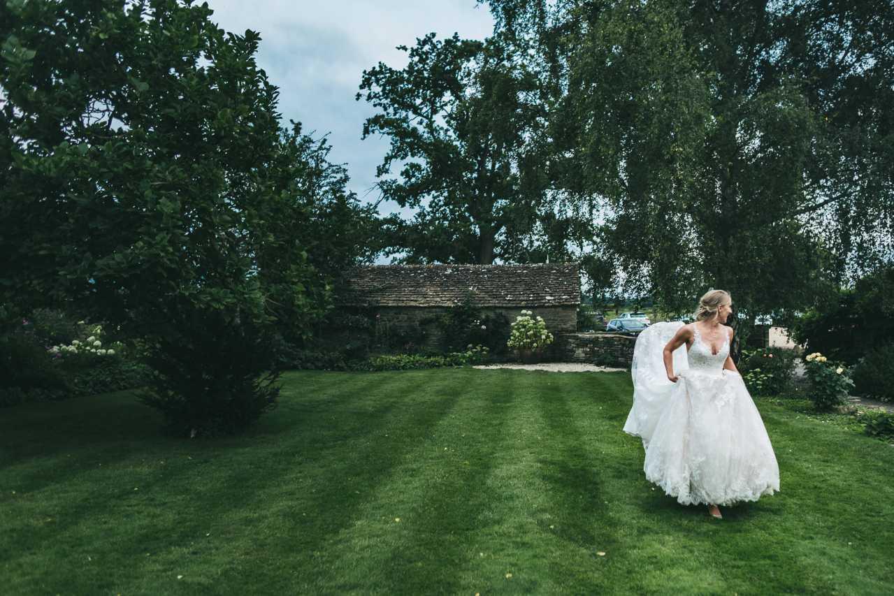 S&N  Winkworth Farm Wedding Photography-930.jpg