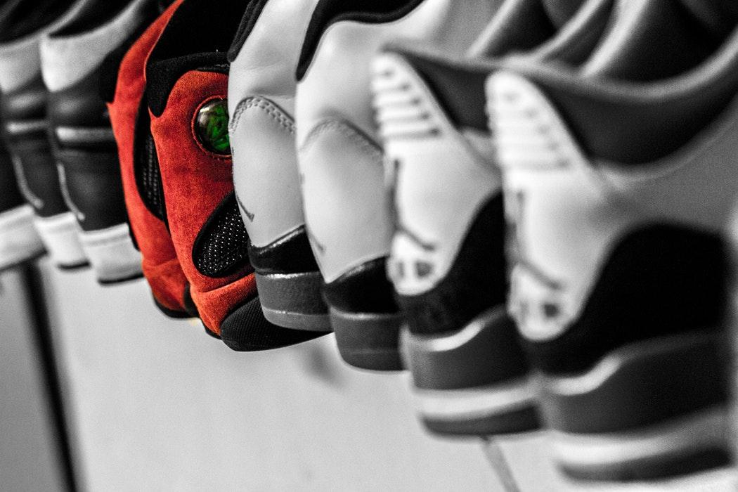 colour_sneakers_unsplash.jpg