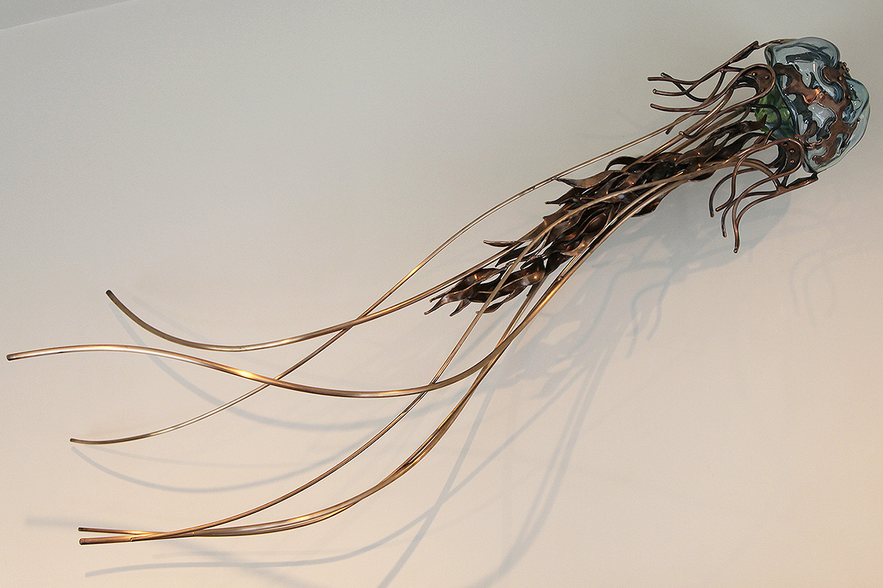 Jelly by C Williams Sculpture.jpg, jellyfish sculpture