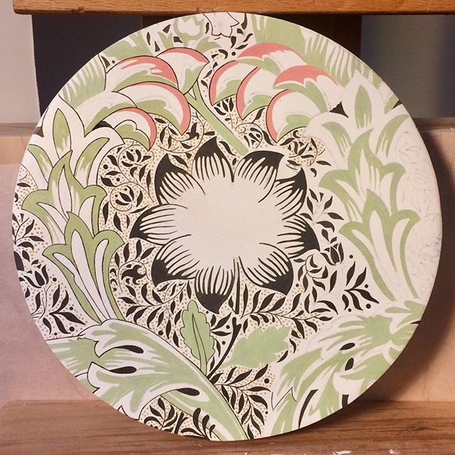 One week and a whole lot of dots later, and here's the progress on this piece. #williammorris #workinprogress