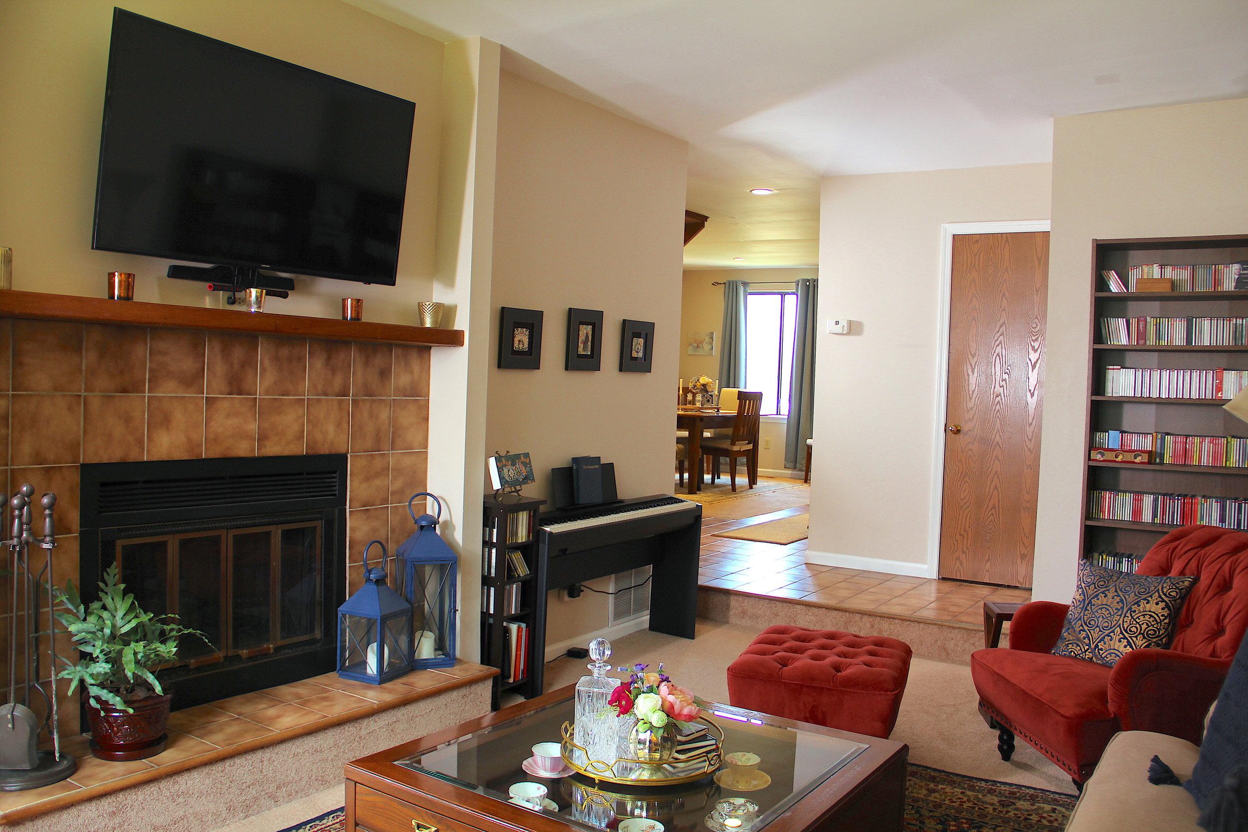 Living Room After 2.jpg