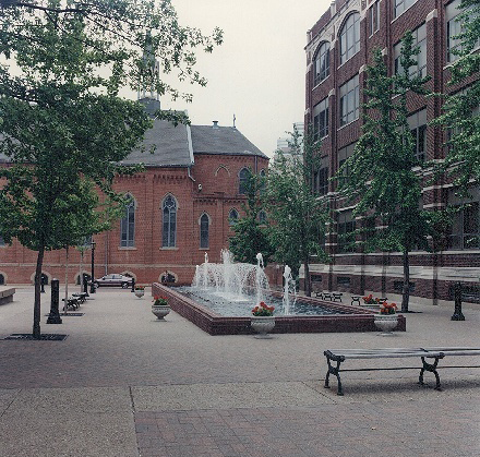 Duquesne University Academic Walk.jpg