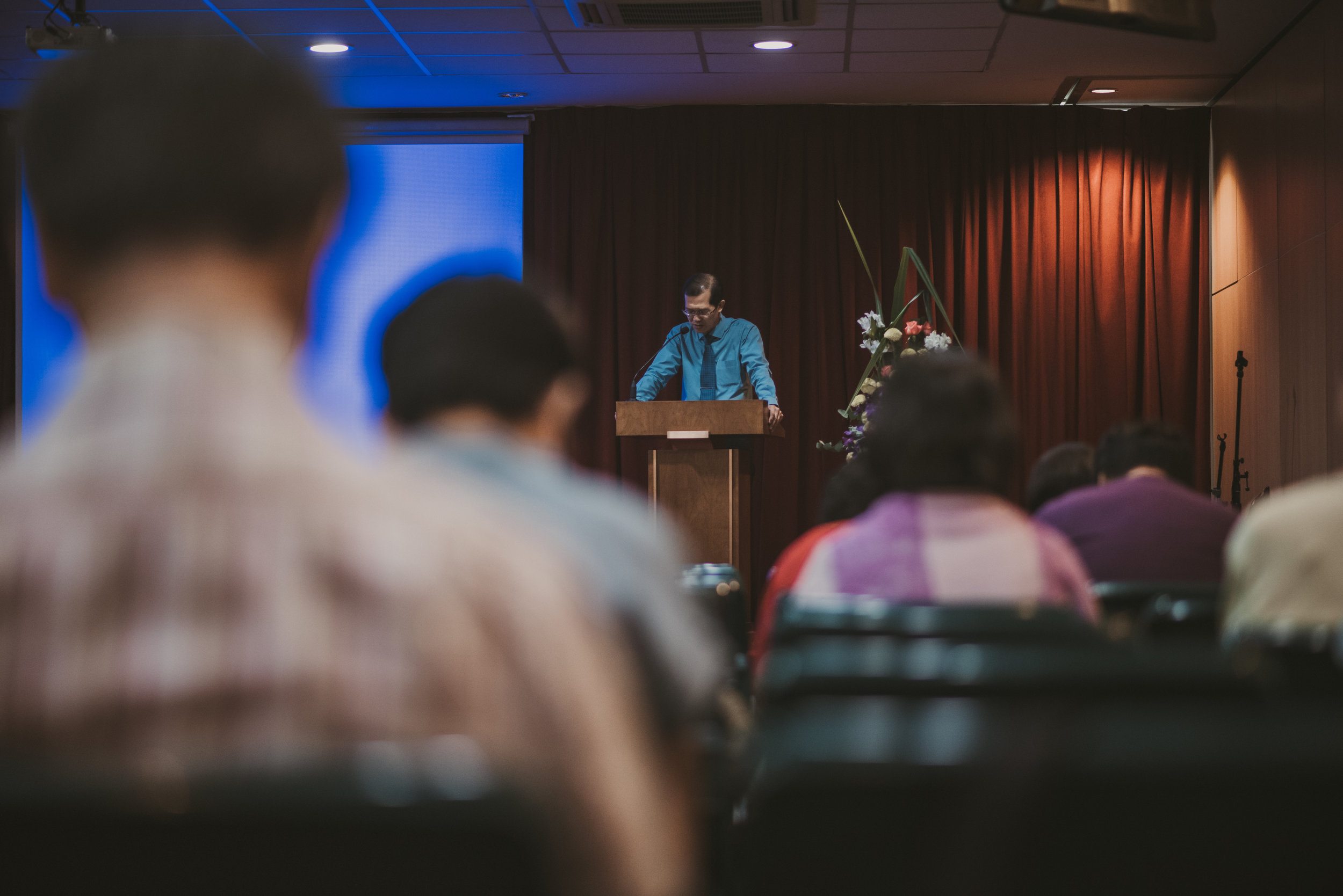 Adults (Mandarin & Hokkien) - 中文部   Mandarin- and Hokkien-speaking worshippers are part of a community that gathers at two Sunday services conducted in the respective languages.