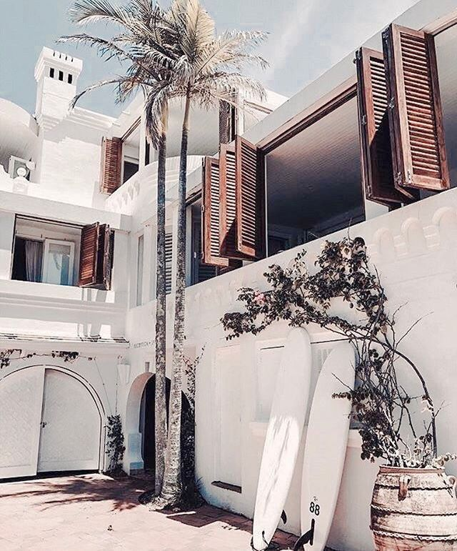 Forever finding dreamy beach houses! Call it my new day job if u will ✨😅