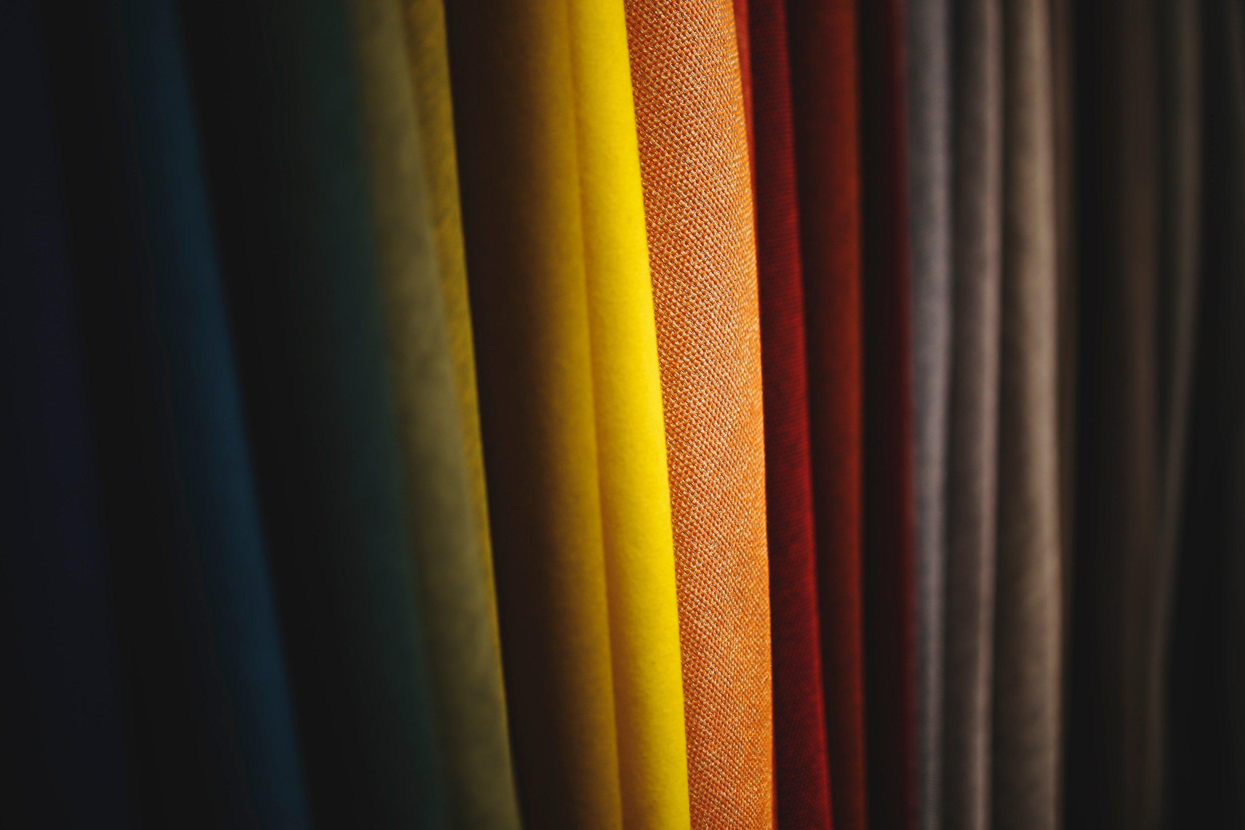 PÔLES / TISSUS / DRAPS - Alendel | Saltex | Joanne Fabrics | Maxwell Fabrics | Unique | Patlin | Commonwealth | Altro Design | Claire Deco