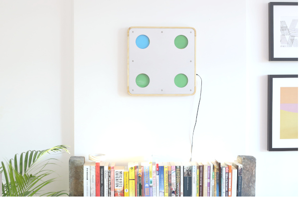 - The Color Clock is a precise quartz clock with a mechanical display.Four rotating disks update in a flurry of movement every 5 minutes to display the current time.