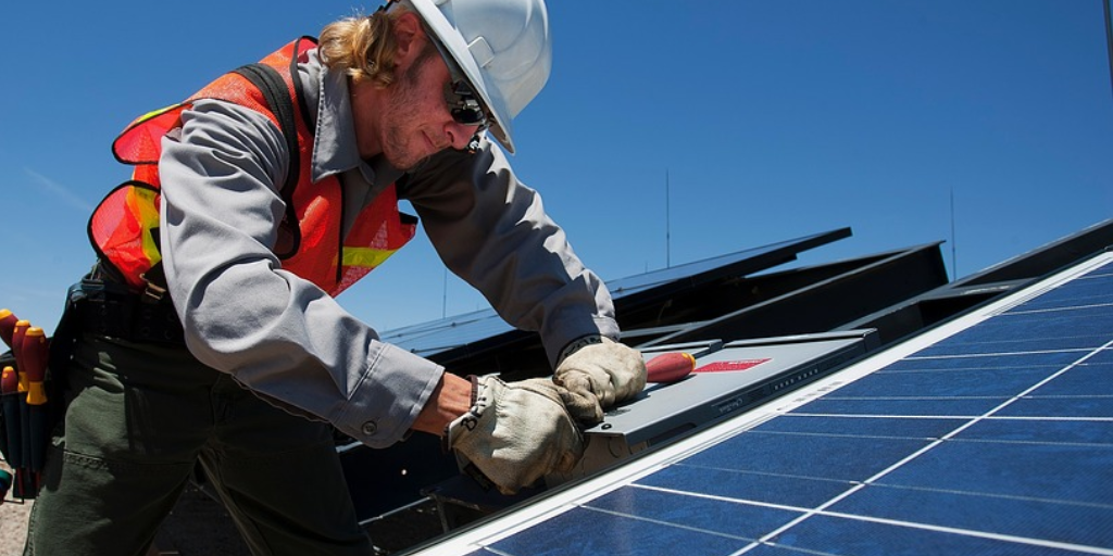 Solar Panel Worker.png