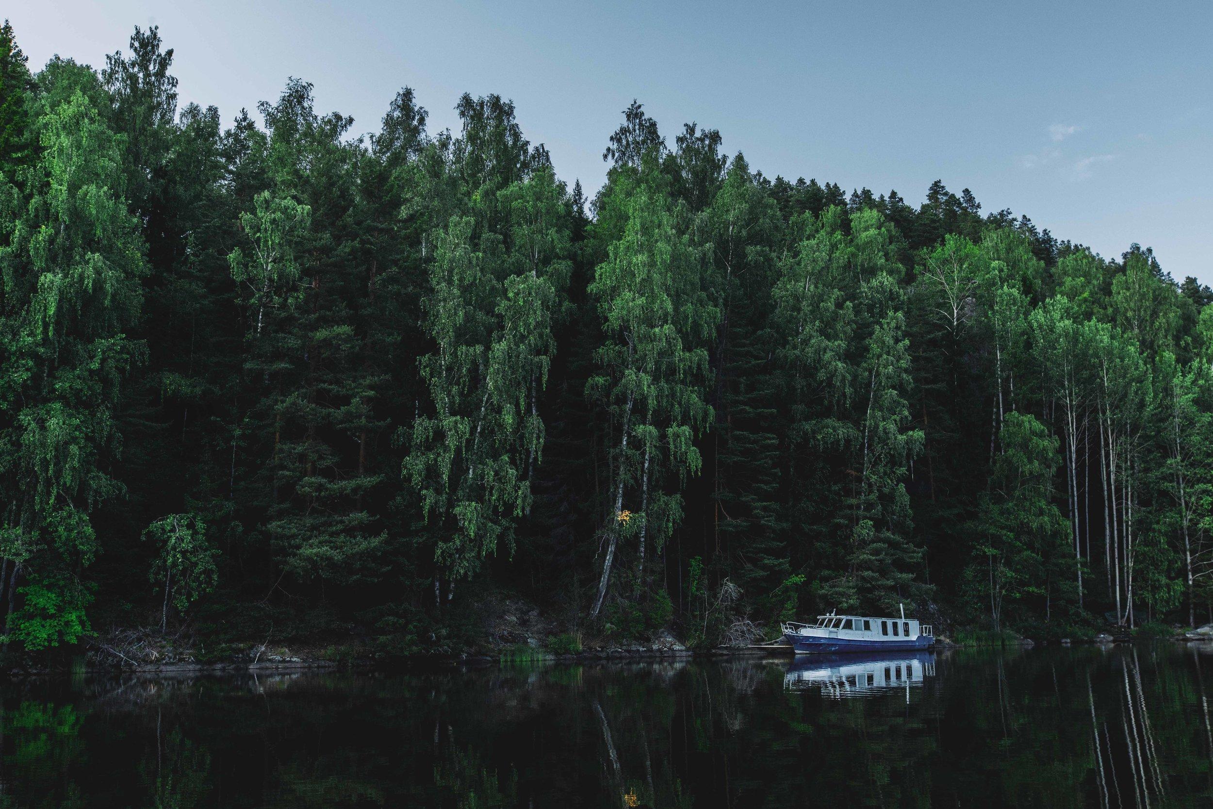 finlandboat.jpg