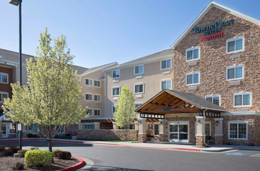 TOWNEPLACE SUITES BOISE DOWNTOWN - Finish Line: 1/4 mile