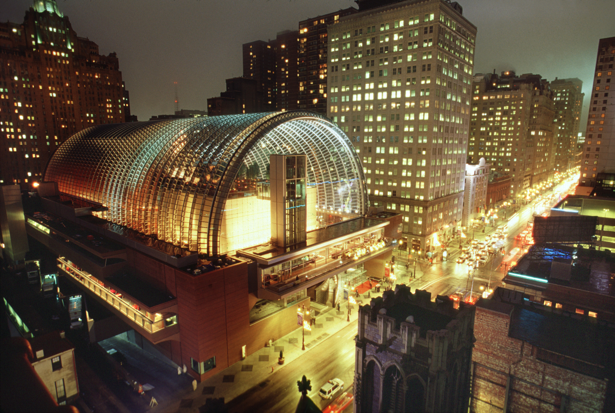 kimmel-center-for-the-performing-arts-by-b-krist.jpg