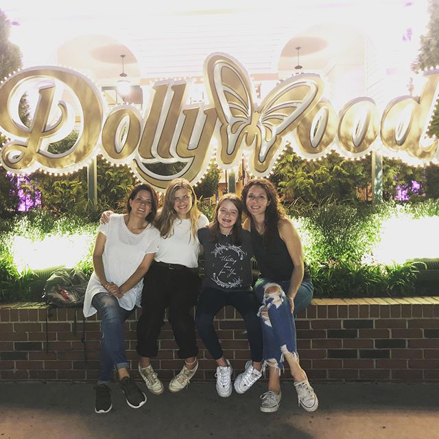 Those that know me know that I love Dolly Parton 💗 Well, this weekend I finally made my pilgrimage to DOLLYWOOD with some of my favorite humans!! It was a blast- somehow nostalgic without having ever been before. 😢 After two days of nonstop fun, these are the 3 pieces of media I have walked away with haha.. We got to go on Dolly's old tour bus which was really neat. And even in 95 degree heat, when you are completely soaked from the River Rampage ride, you are willing to sit in a person-sized high heat dryer. 😂 FAVE RIDES: 1. Lightning Rod 2. Mystery Mine 3. Wild Eagle ... thanks for having me @christynockels @elliana.nockels can't wait to go back! @dollywood next time, I'm bringing @saralaurence with me!