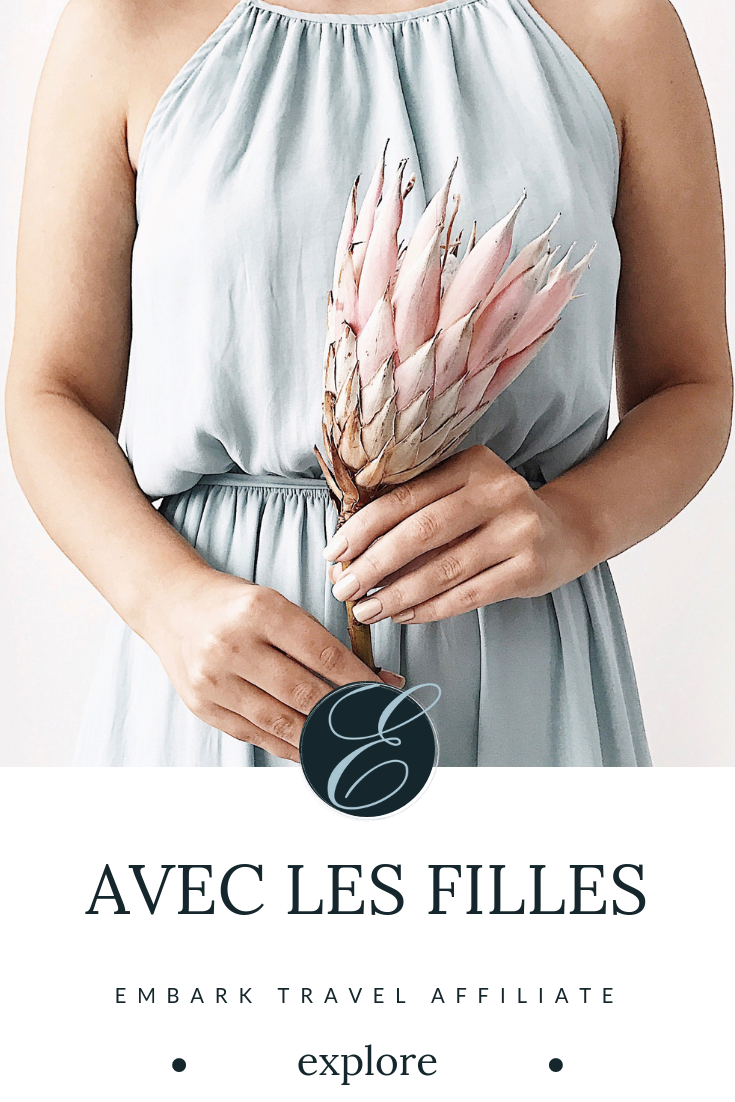 """Millennial Style With a French Twist - Touting themselves as a """"contemporary lifestyle brand with a playfully sophisticated, French aesthetic,"""" Avec Les Filles is a new online clothing store for today's chic Millennial. Featuring stylish clothing, shoes, and accessories, this pour les femmes brand is sure to be your next favorite shopping experience!Disclosure: This page contains affiliate links. If you click through and purchase a product, we will earn a commission at no additional cost to you."""
