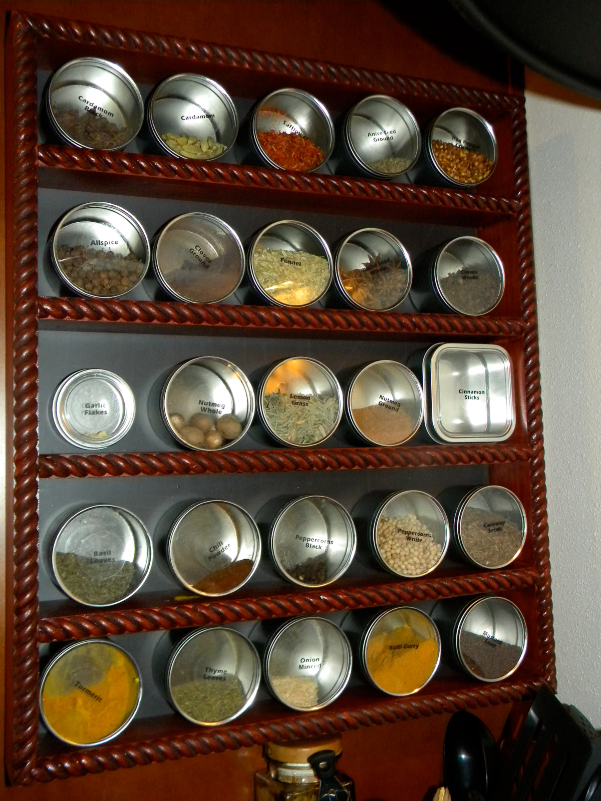 Spice Rack using Flexible Magnetic Sheet