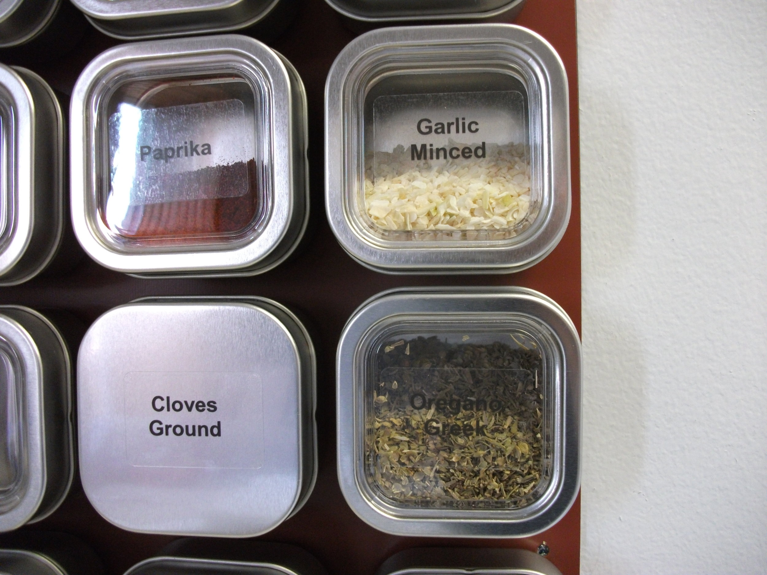 Solid Lid for Corrosive Spices like Ground Clove