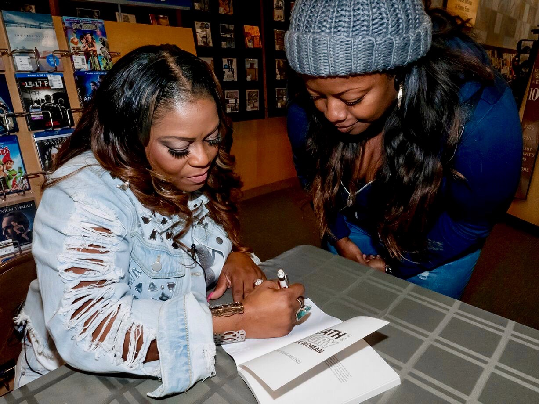 NJ Book Signing - 20 of 22.jpg
