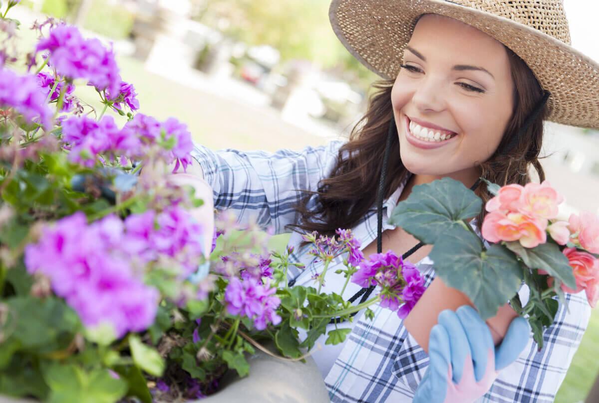 lady-gardening.jpg