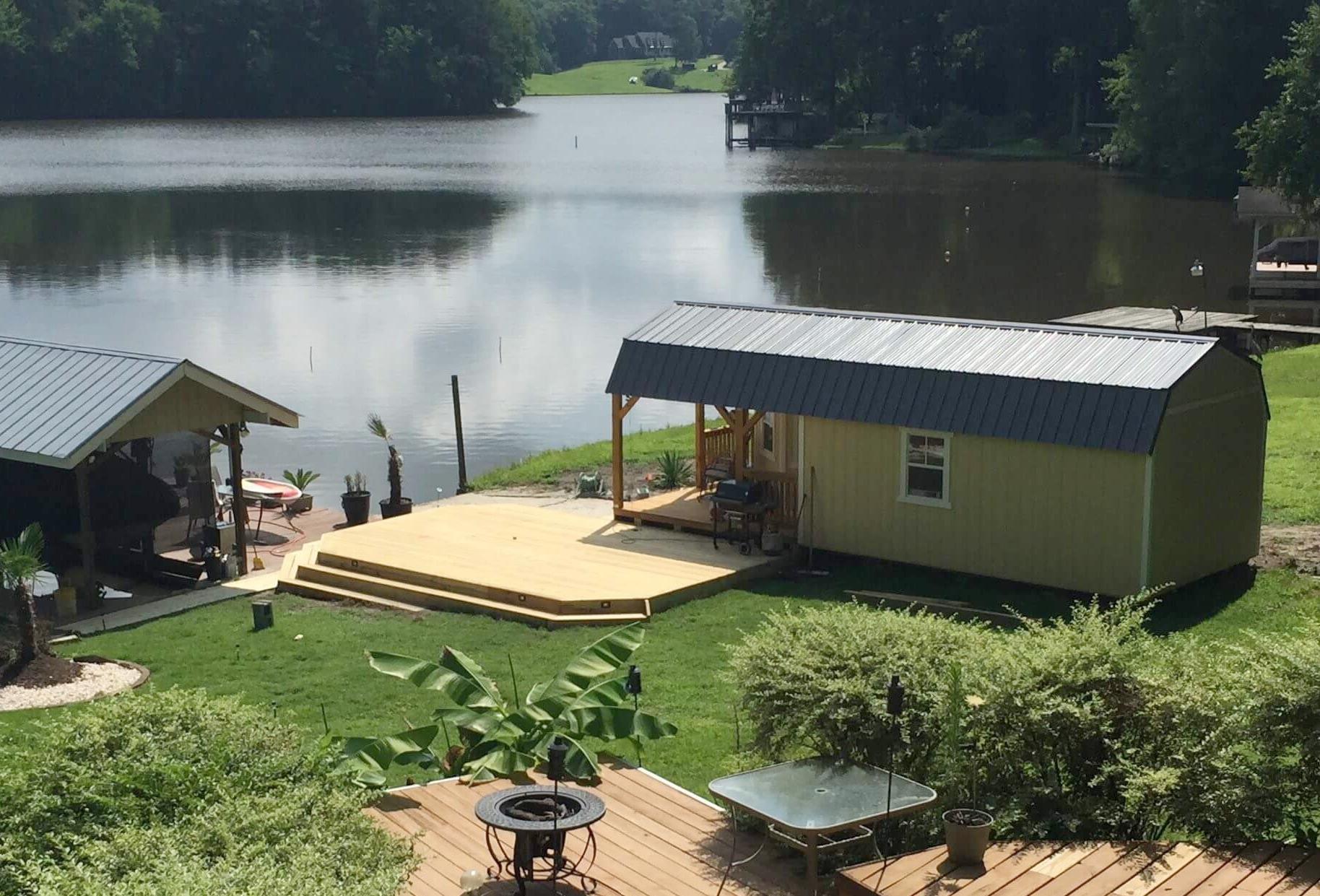 w-deluxe-porch-lake-cabin.jpg