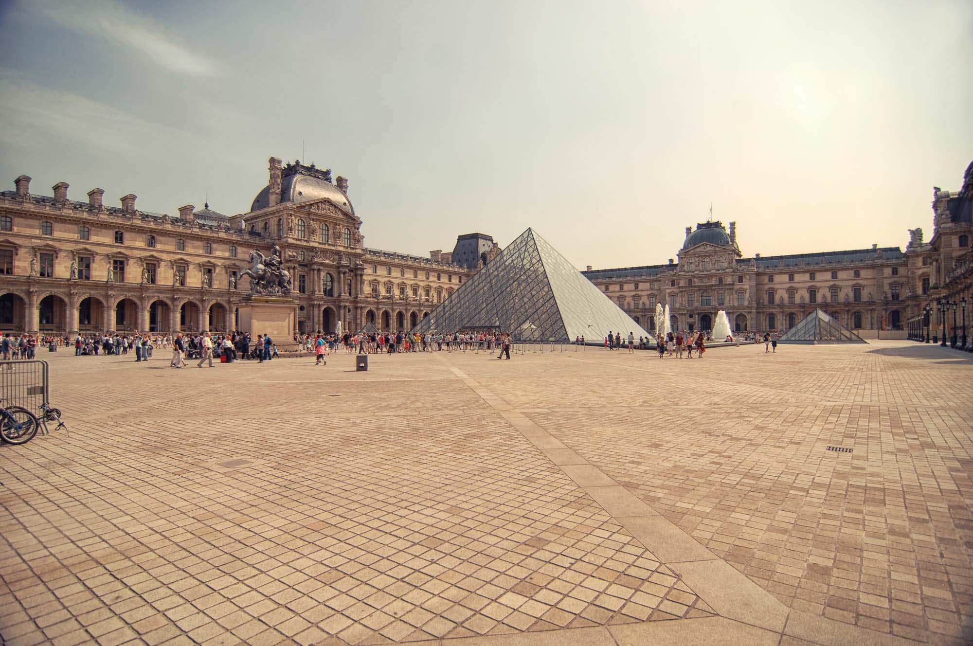 Louvre_>Museum_Paris_France_00011.jpg