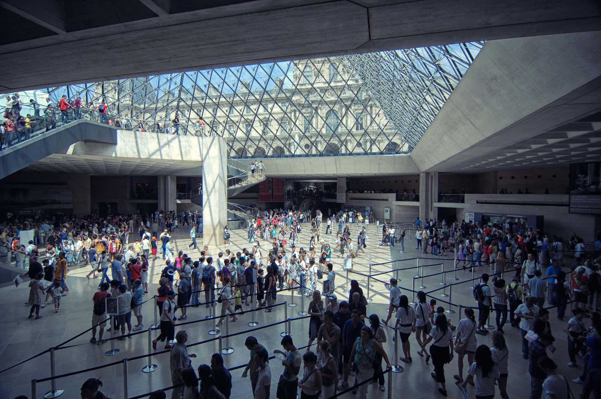 Louvre_>Museum_Paris_France_00026.jpg