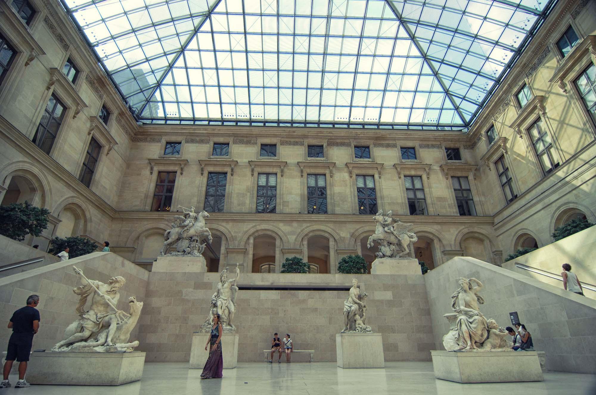 Louvre_>Museum_Paris_France_00035.jpg