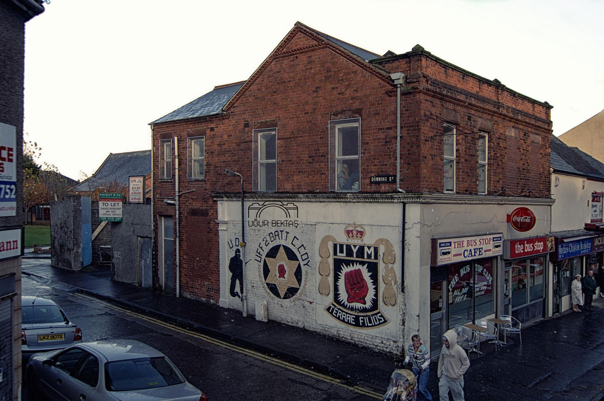 ira_wall_murals_paintings_graffiti_Belfast_Northern_ireland_00006.jpg