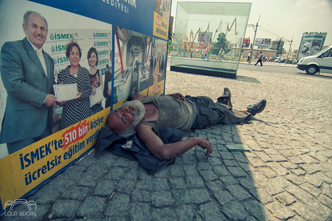 Uyuyanlar_Fotograf_Projeleri_Ugur_Bektas_0025.jpg