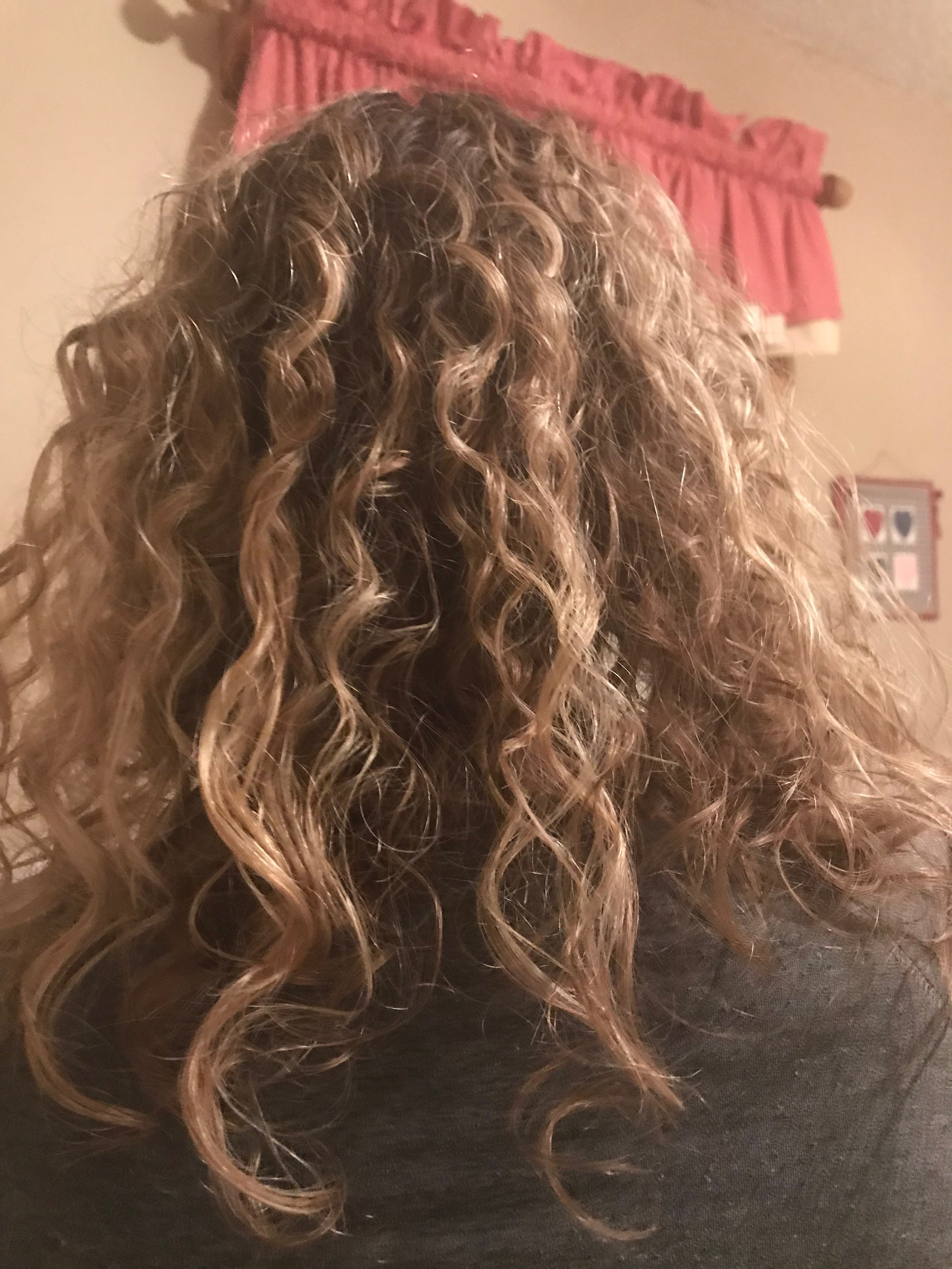 Pic of the bank of my hair curly.