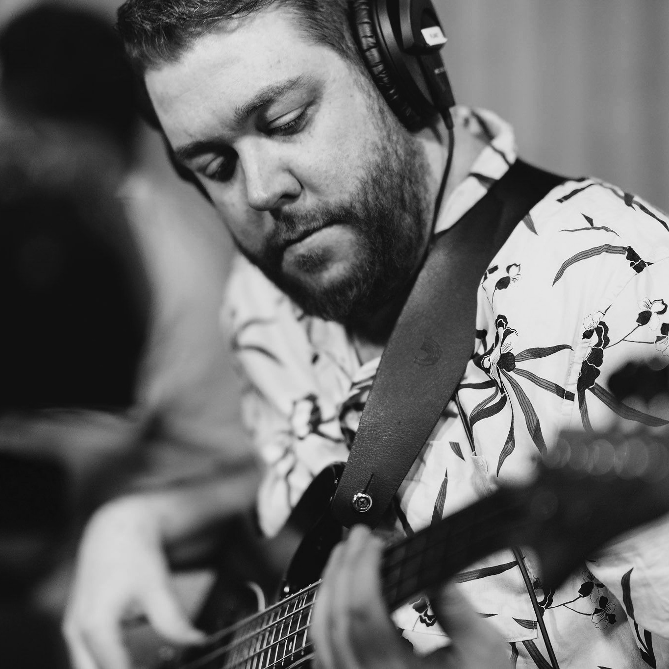 Shaun Ryan - COMPOSER / ELECTRIC & UPRIGHT BASS