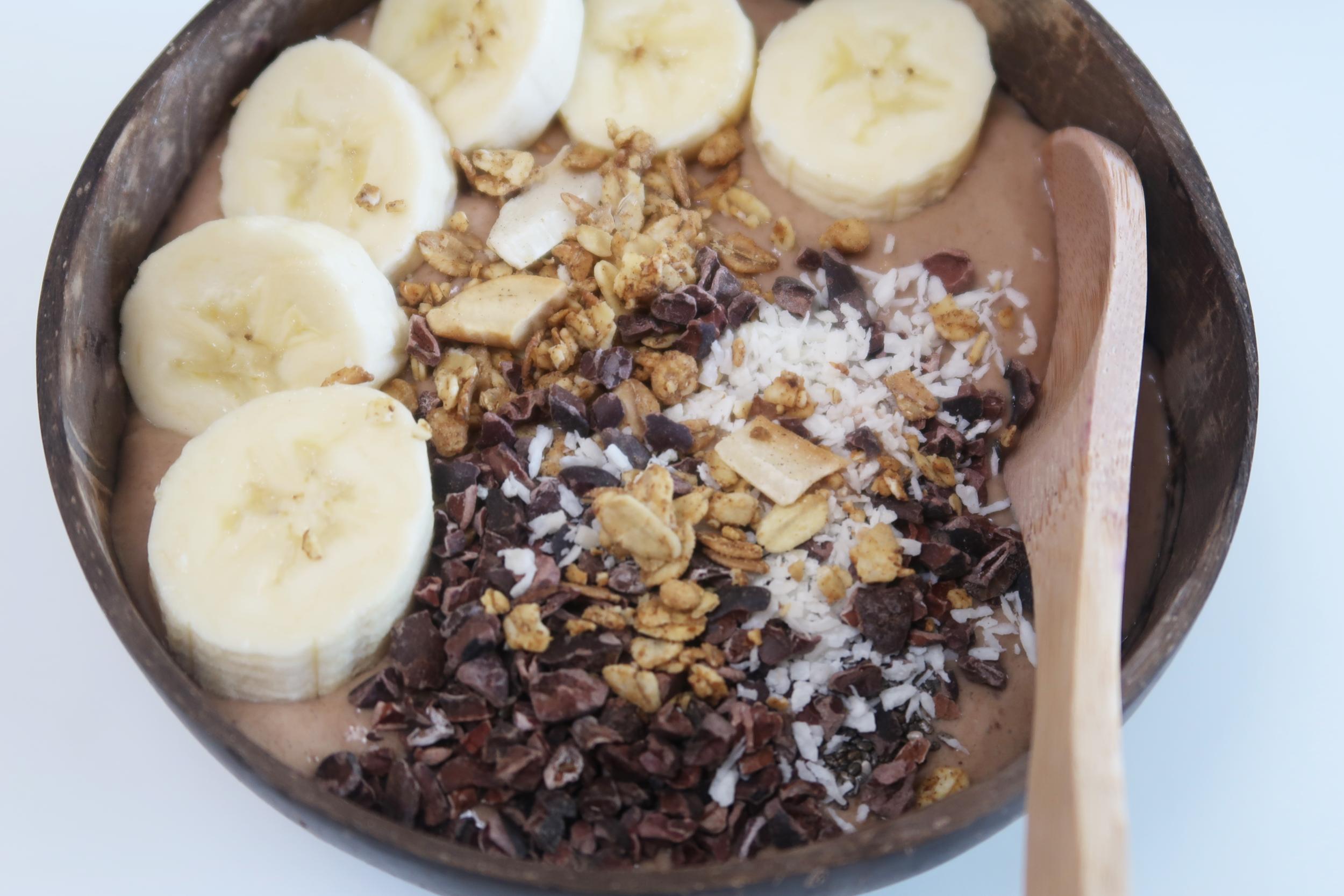 Bananglass med smak av choklad och jordnötssmör