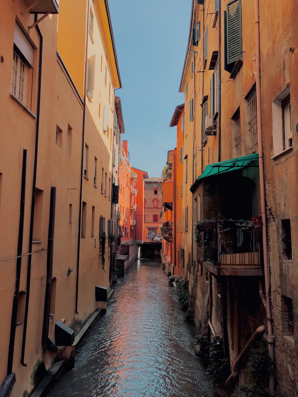 Colourful buildings and canal at Finestrella di Via Piella