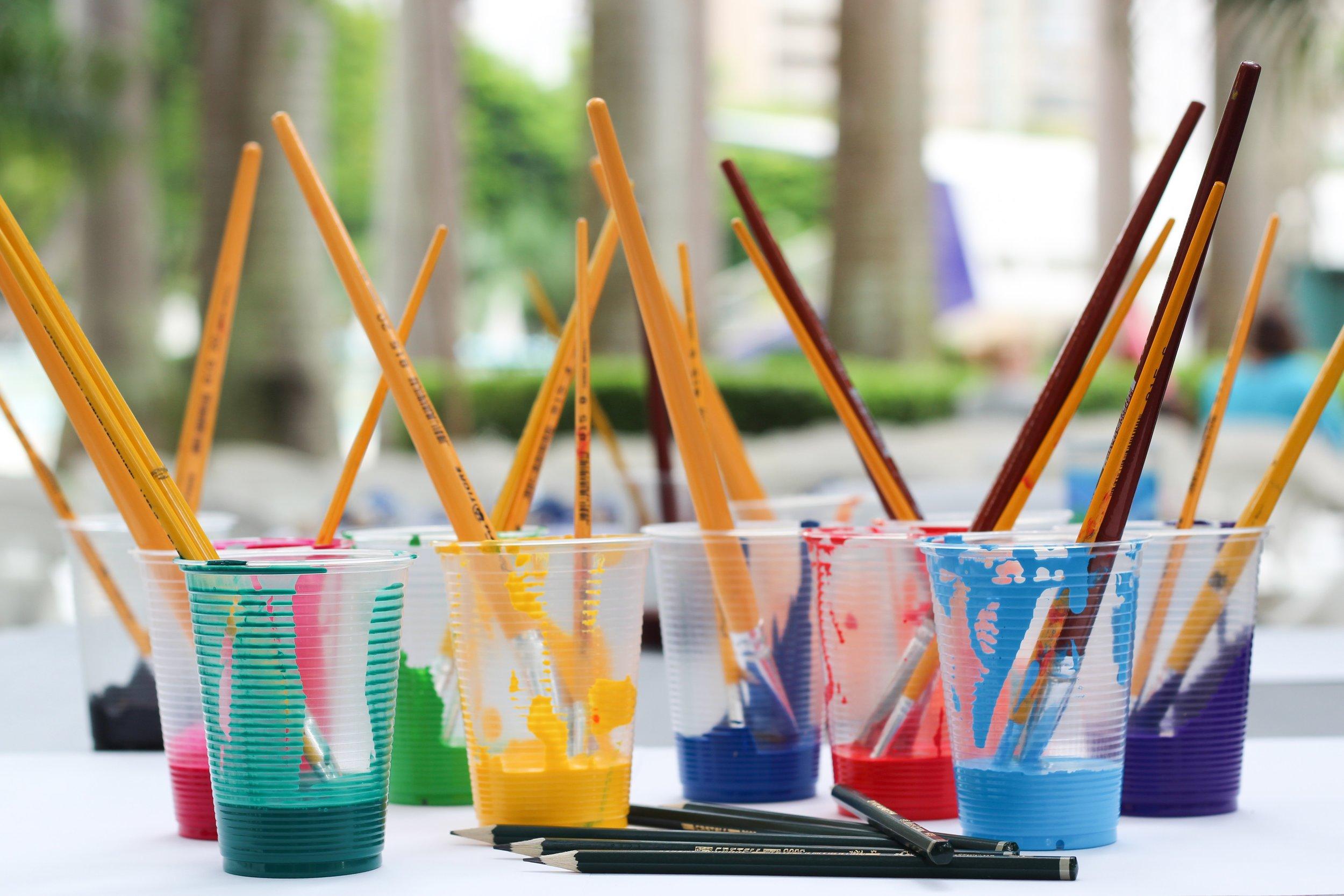 art-art-materials-artistic-542556.jpg