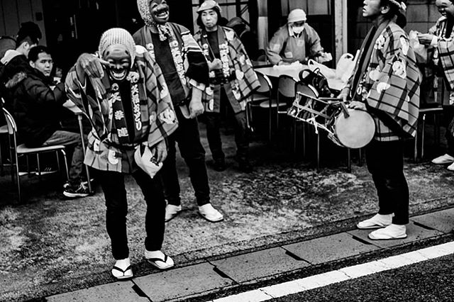 Brewery festival 2019, Terada Honke. 寺田本家おくら祭り2019。  #お祭り男 #寺田本家 #お酒 #日本酒好き #仮面 #香取 #千葉県 #モノクローム写真 #モノクローム #コンパクトカメラ #写真家 #写真好きです #写真撮っている人と繋がりたい #写真を撮る #写真集 #写真すきな人と繋がりたい #teradahonke #chibaprefecture #sakefestival #nihonshu #masks #お祭り #japanesefestival #norskefotografer #norskefototalenter #norgesfotografer #compactcamera #rx100mk4