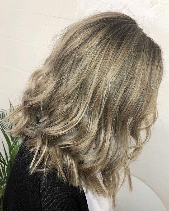 Lighter and shorter 😍🙌🏼 #redken #shadeseq #ghd #curls #texturedcurls #change #fresh #colour