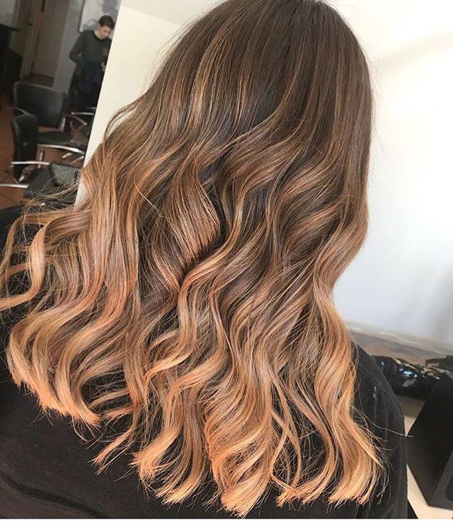✌🏼✌🏼✌🏼 Hair by @hairbymaddyloft #throwbackthursday #platinumstylewarragul #redken #redkenshadeseq #curls #softcurls