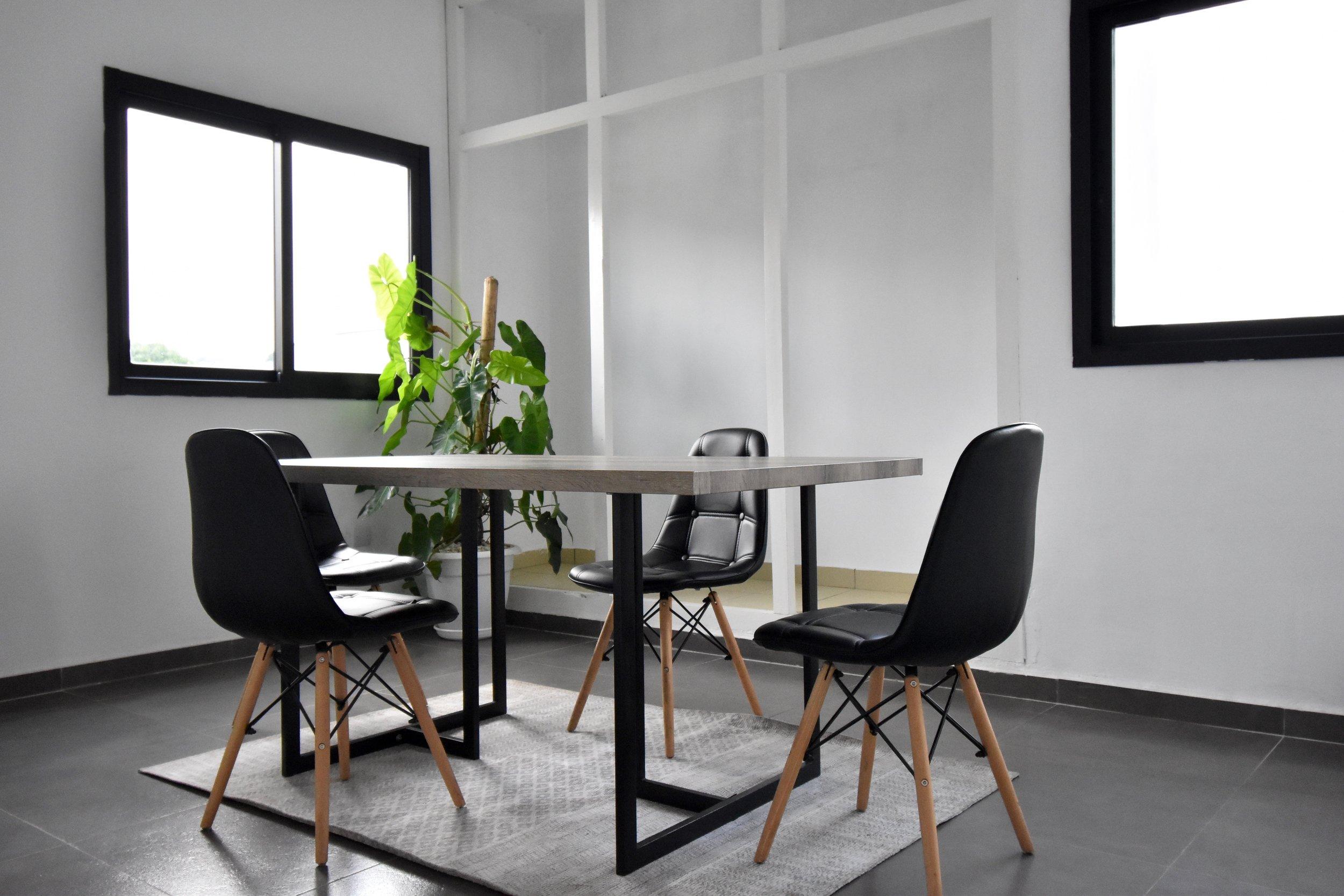 Le Phare Meeting Room - Abidjan