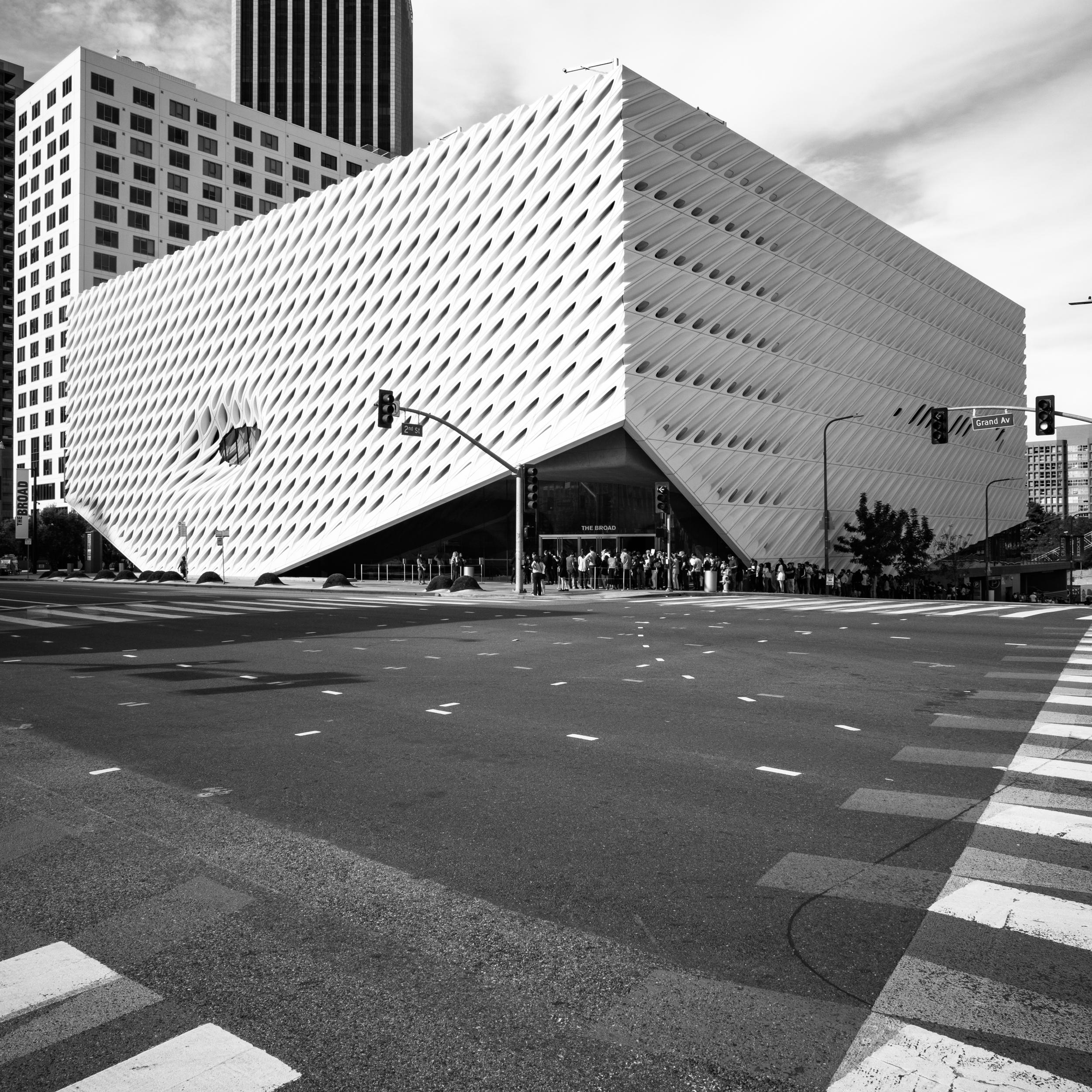 THE BROAD MUSEUM.jpg