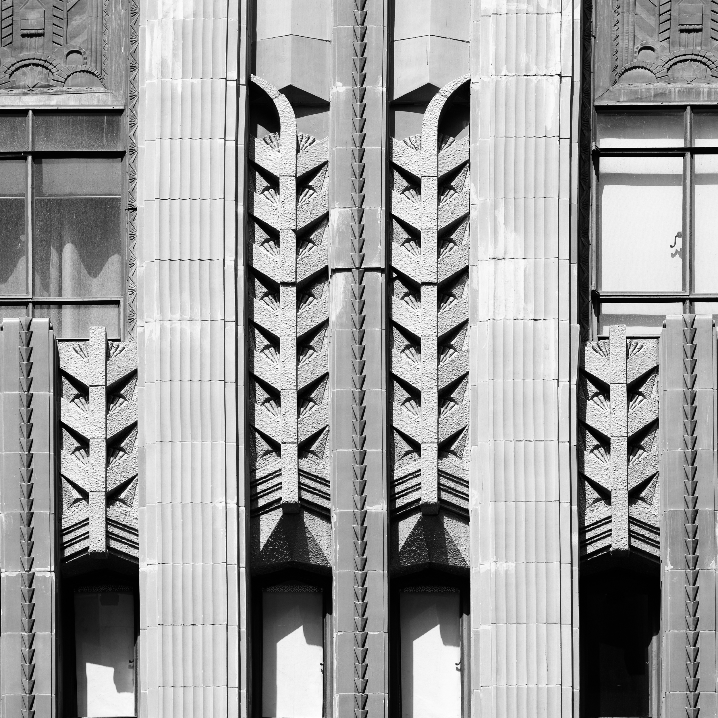 EASTERN COLUMBIA BUILDING_DETAIL.jpg