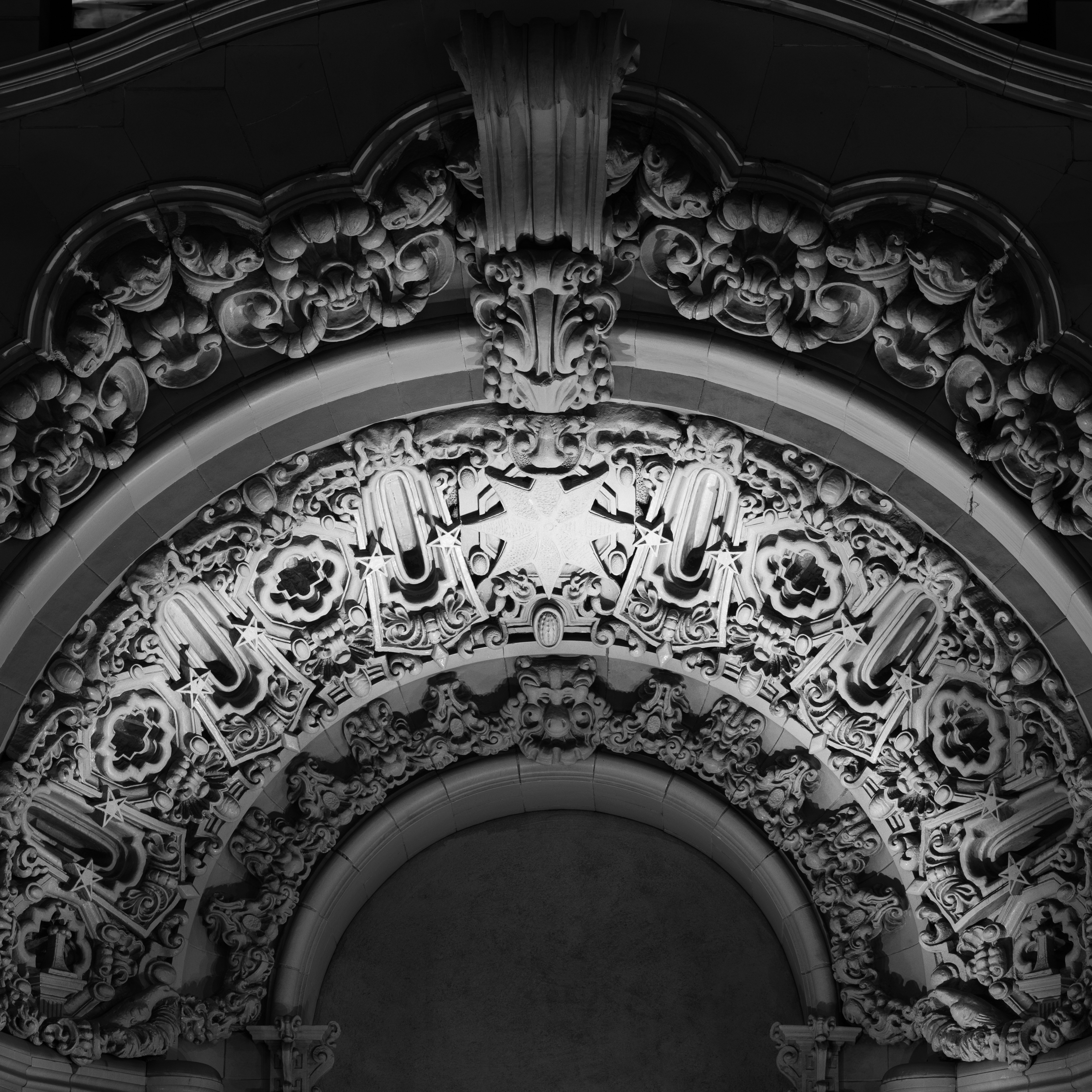MILLION DOLLAR THEATER_ARCH_NIGHT.jpg