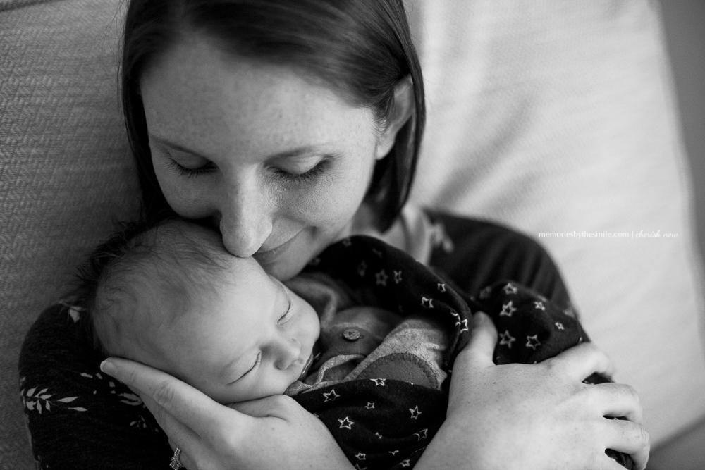 mom-baby-newborn-snuggles.jpg