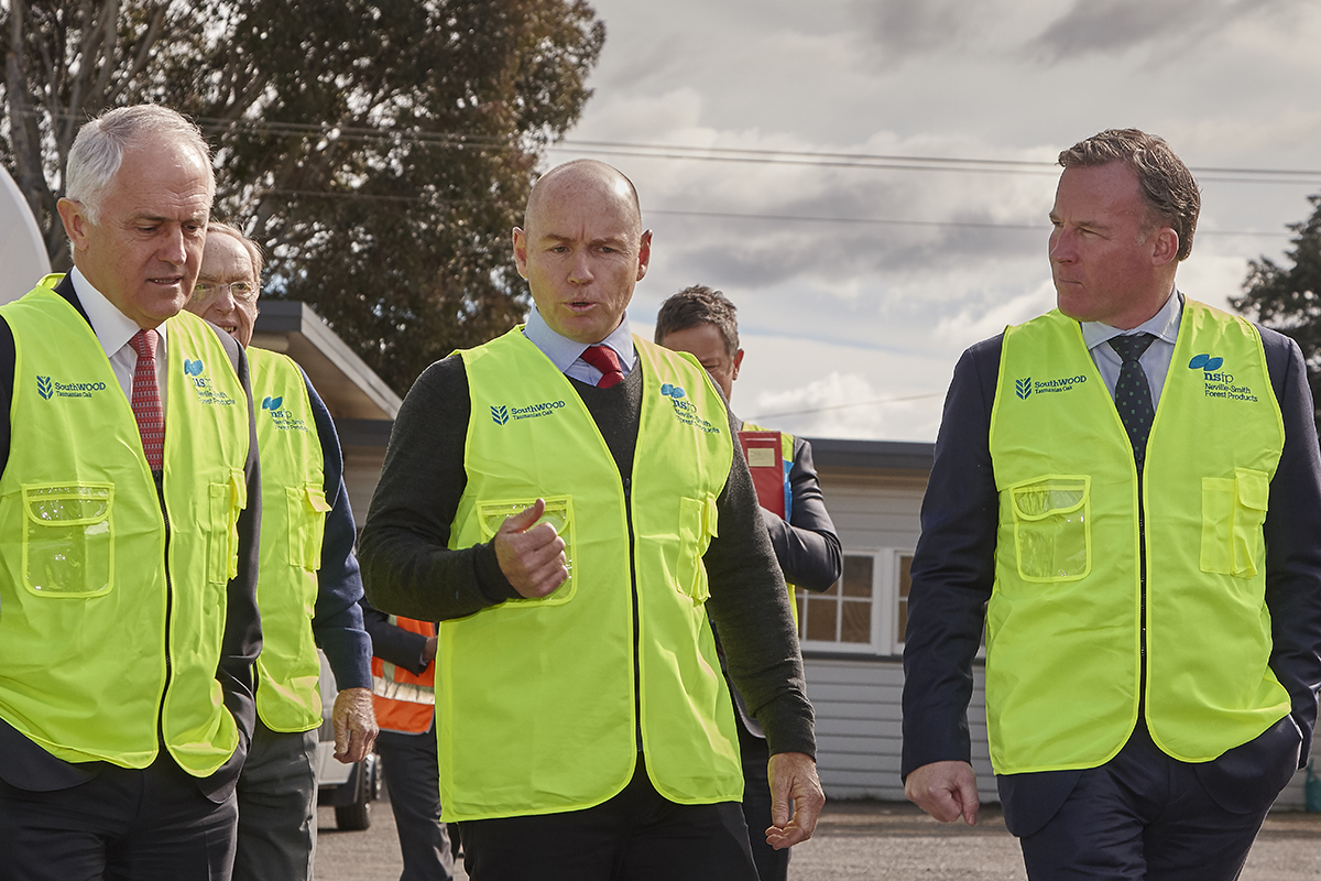 James Neville Smith tours the Launceston Dry mill facility with Tasmanian Premier Will Hodgman and former Prime Minister Malcolm Turnbull.