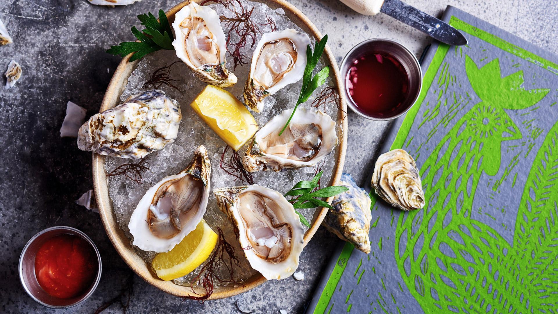 Naauao-Moku-Oysters-2.jpg
