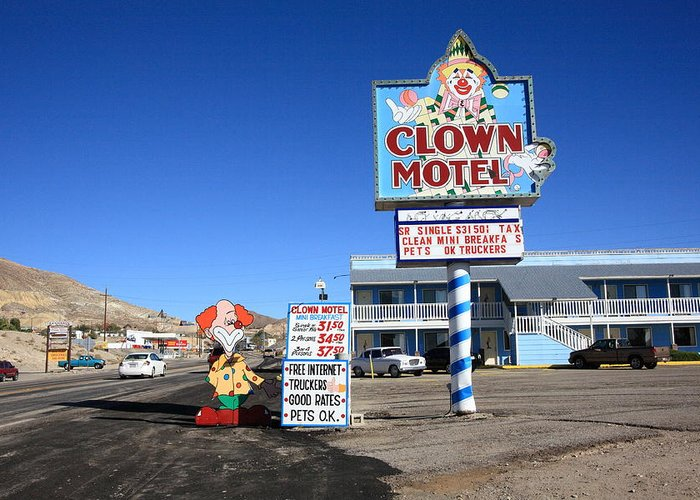 TONOPAH, NEVADA CLOWNS AROUND WITH THE AMERICAN PSYCHE - — Society for Commercial Archeology Journal, Fall 2018